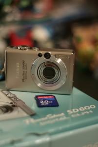 camera, SD card