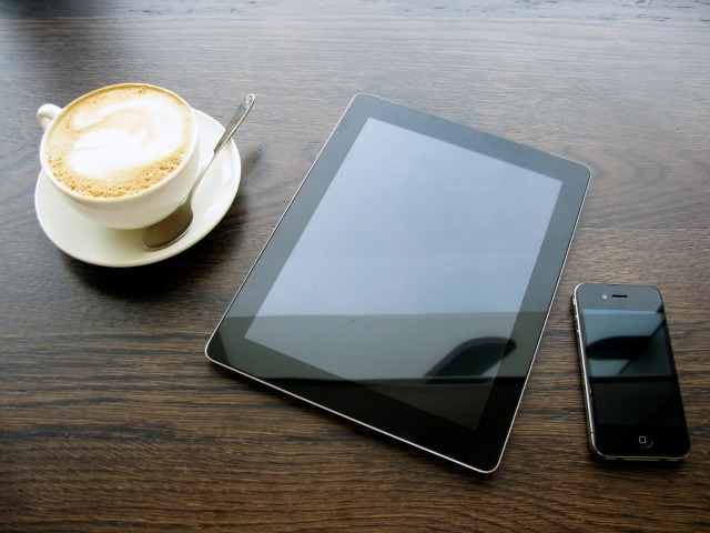 iPad iPhone Coffee